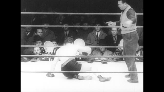 footage from the world heavyweight championship bout fought by max baer vs pat comiskey in jersey city new jersey on 26th september 1940 - world championship stock videos & royalty-free footage
