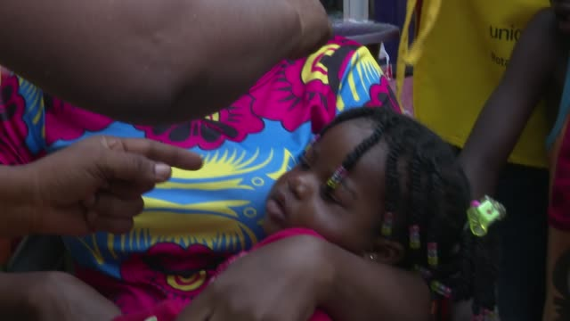 footage of a polio vaccination exercise in ghana's capital accra. it follows the detection of cases of vaccine-derived polio virus in the country... - polio stock videos & royalty-free footage