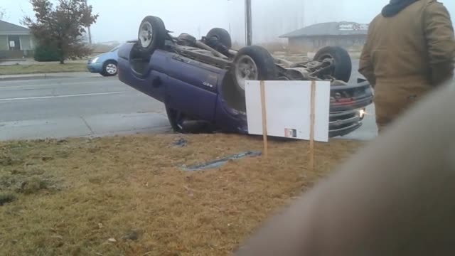 footage of a truck that flipped over on 21st street in wichita - wichita stock-videos und b-roll-filmmaterial