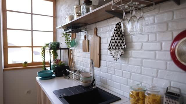 vidéos et rushes de images d'une cuisine domestique moderne vide - bureau ameublement