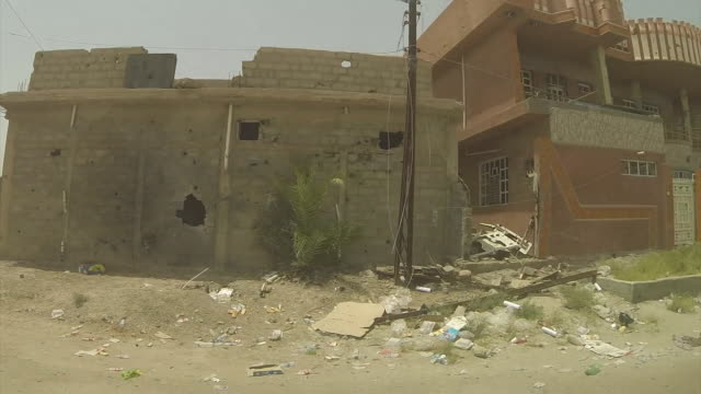 footage of areas in and around fallujah which have been liberated from islamic state militants nnbu319f - al fallujah bildbanksvideor och videomaterial från bakom kulisserna