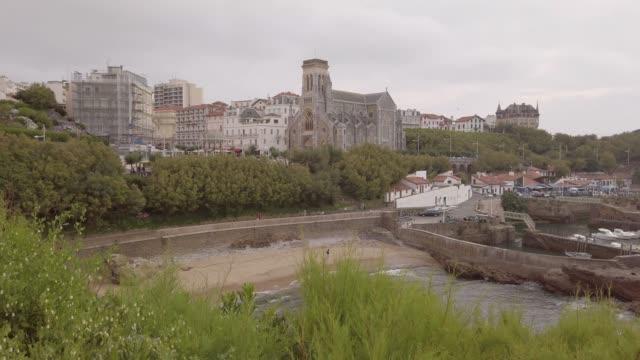vídeos de stock, filmes e b-roll de imagens 4k de biarritz, frança - biarritz