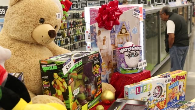 stockvideo's en b-roll-footage met footage of black friday displays and items at a walmart stores inc location in burbank california us on tuesday nov 22 shots pov tracking footage of... - wal mart