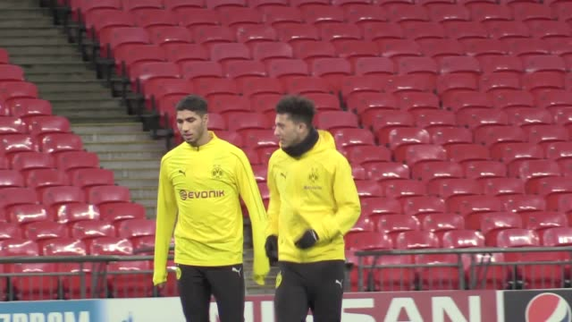 Footage of Borussia Dortmund training ahead of their match against Tottenham Includes players Jadon Sancho Christian Pulisic Mario Gotze Abdou Diallo...