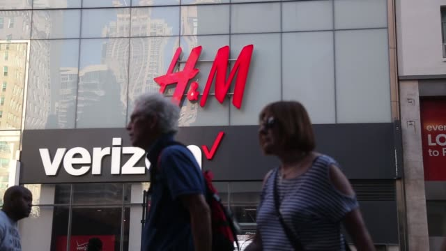 Footage of Hennes Mauritz AB and Verizon signage in New York US on Saturday September 23 2017 Photographer Michael Nagle