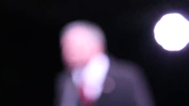 footage of hollywood celebrities and politicians speaking at an preinauguration antitrump alec baldwin bill de blasio al sharpton mayor marisa tomei... - cynthia nixon stock videos and b-roll footage