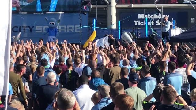 footage of man city fans at the etihad watching man city lift the premier league trophy on the big screen. - large scale screen stock videos & royalty-free footage