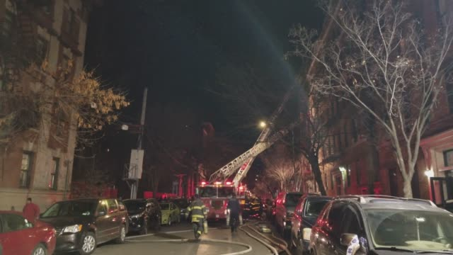 Footage of NYFD responding to a 4 Alarm apartment fire in the Bronx 3 people were killed and 14 injured in the fire