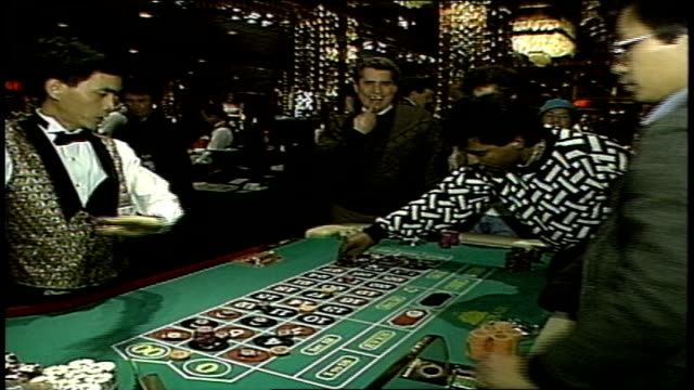 footage of roulette table and players - atlantic city stock videos & royalty-free footage