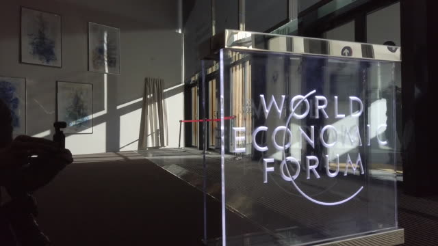 footage of the davos world economic forum including attendees inside the congress center in davos switzerland on tuesday january 21 2020 - ダボス点の映像素材/bロール