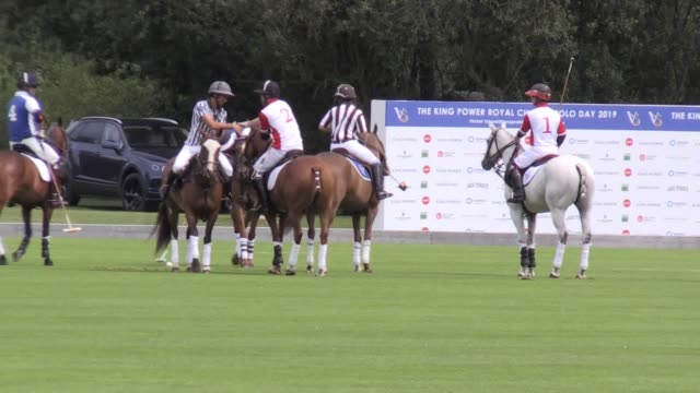 vídeos de stock e filmes b-roll de footage of the duke of cambridge and the duke of sussex playing polo in the khun vichai srivaddhanaprabha memorial polo trophy in wokingham berkshire... - duke of sussex