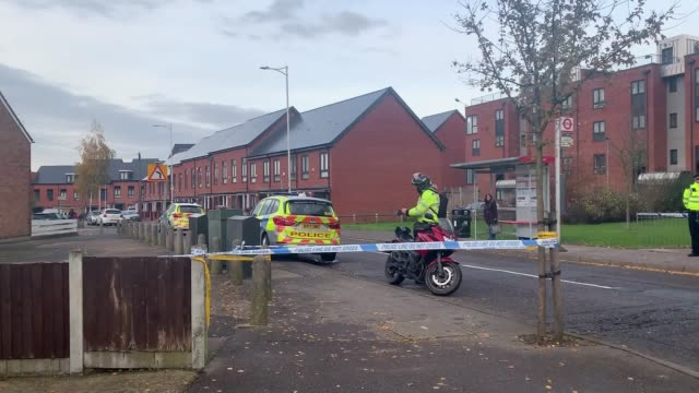 vídeos de stock, filmes e b-roll de footage of the exterior of a residential block in ilford in east london where a 19-year-old man was stabbed to death. considerable police presence... - ilford