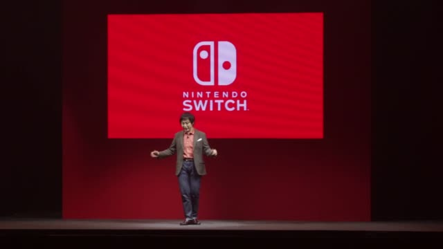 footage of the nintendo switch unveiling event in tokyo, japan, on friday, jan. 13, 2017. shots: wide shot of countdown sequence before switch is... - launchparty stock-videos und b-roll-filmmaterial