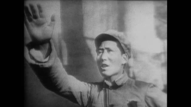 vídeos de stock e filmes b-roll de footage of the time edgar snow spent with the ccp and interviewing chairman mao - mao tse tung