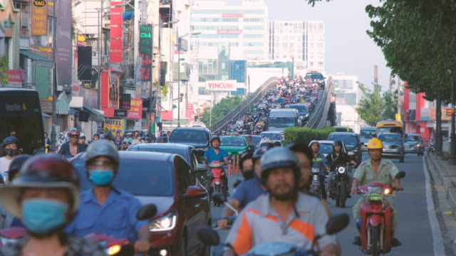 footage of traffic in ho chi minh city, vietnam - ベトナム点の映像素材/bロール