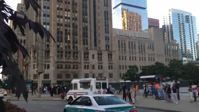 vidéos et rushes de footage of tribune tower in chicago - tribune tower