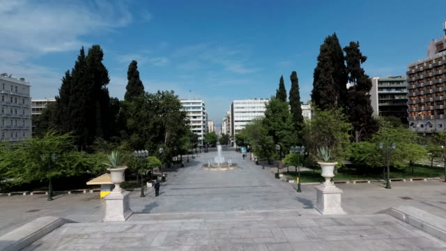 footage shows syntagma square, the parliament house, the tomb of the unknown soldier and all the nearby streets completely deserted, amid the... - athens greece stock videos & royalty-free footage