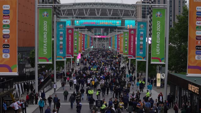 football fans arrive at wembley stadium for the euro2020 england vs scotland game on june 18, 2021 in london, england. england v scotland is not only... - 4k resolution stock videos & royalty-free footage