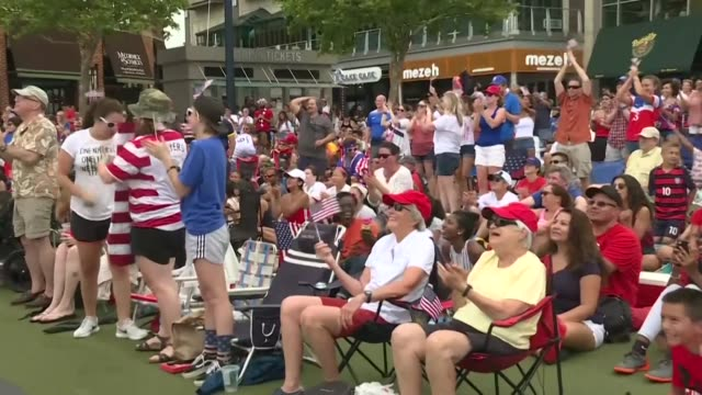 us football fans in maryland celebrate megan rapinoe scoring from the penalty spot and putting the team 10 ahead of the netherlands in the women's... - oranje stock videos & royalty-free footage