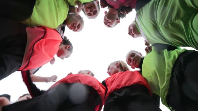 football team huddle - football team stock videos & royalty-free footage