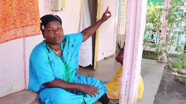 for a year repeated earthquakes have disrupted the lives of the residents of mayotte a french territory in the comoros islands where many fear the... - scrambling bildbanksvideor och videomaterial från bakom kulisserna