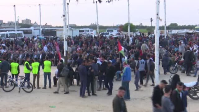 for the 36th consecutive friday, thousands of palestinians converged on the gaza-israel buffer zone to take part in ongoing mass demonstrations... - historical palestine stock videos & royalty-free footage