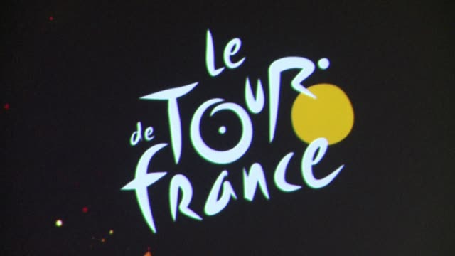 for the first time in tour de france history the legendary alpe dhuez will be climbed on the penultimate stage of the 2015 edition before the final... - tour de france stock-videos und b-roll-filmmaterial
