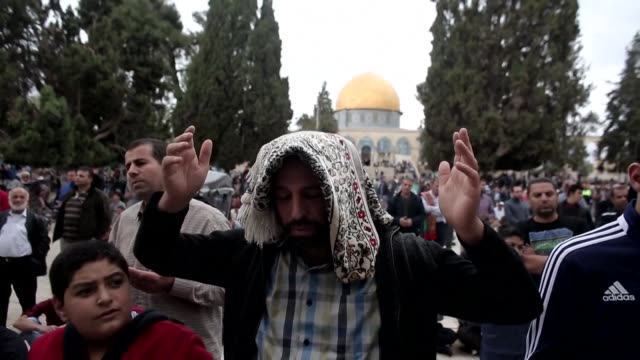 for the second week in a row no restrictions were placed on muslims heading to pray at the al aqsa compound in east jerusalem - compounding stock videos and b-roll footage