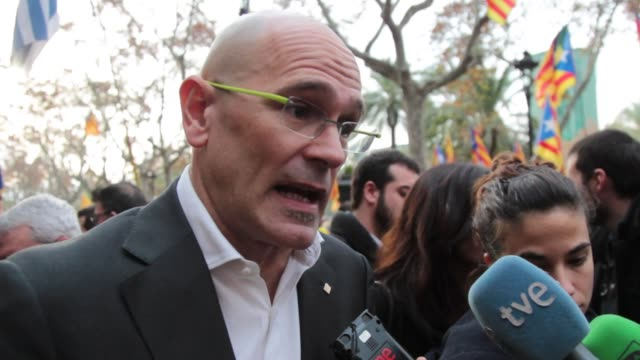 foreign affairs counselor, institutional relations and transparency raul romeva gives support to the president of the catalan parliament, carme... - mep stock videos & royalty-free footage