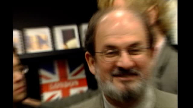 Foreign Affairs spokesperson criticises Salman Rushdie knighthood R13060401 London Salman Rushdie and other authors at opening of Waterstones'...