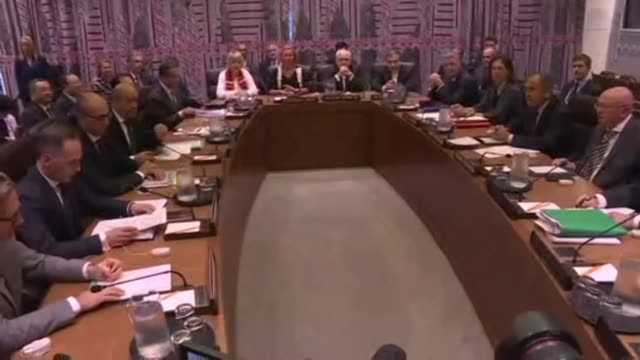 foreign ministers from signatory countries to the iran nuclear deal the joint comprehensive plan of action arrive for a meeting at the united nations... - förenta nationerna bildbanksvideor och videomaterial från bakom kulisserna