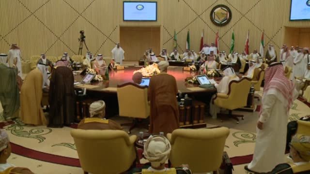 stockvideo's en b-roll-footage met foreign ministers of the six gulf cooperation council countries, held a meeting on tuesday in riyadh, and called for a political solution in syria as... - perzische golf