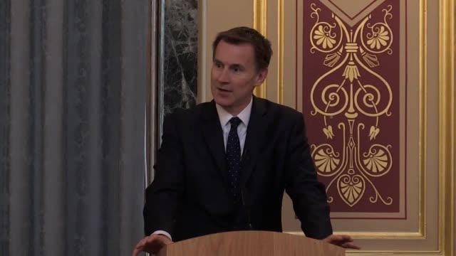 foreign secretary jeremy hunt launches his independent review into the persecution of christians across the globe he praises pakistan's supreme court... - 政治家 ジェレミー ハント点の映像素材/bロール