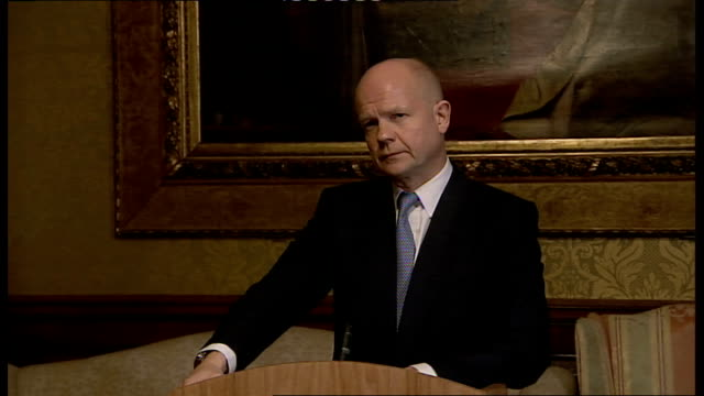 stockvideo's en b-roll-footage met foreign secretary william hague statement on syrian conflict hague answering questions sot - william hague