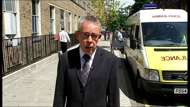 forensic pathologist accused of professional incompetence by gmc london great ormond street hospital great ormond street hospital entrance sign... - general medical council stock videos & royalty-free footage