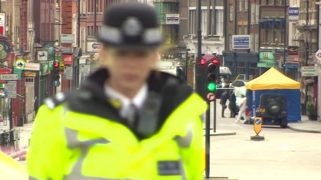 forensic teams at the scene of the london bridge and borough market terror attacks - überfahren stock-videos und b-roll-filmmaterial