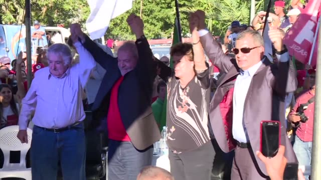 former brazilian president luiz inacio lula da silva was joined by three former latin american presidents monday as he kicked off an election... - südbrasilien stock-videos und b-roll-filmmaterial