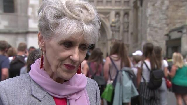 former 'eastenders' actor leslie grantham dies aged 71; england: london: ext anita dobson interview sot - re death of actor leslie grantham - eastenders stock videos & royalty-free footage