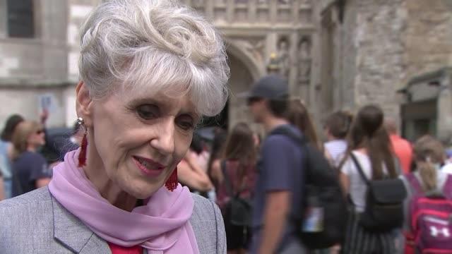 former 'eastenders' actor leslie grantham dies aged 71; england: london: ext anita dobson interview sot - re death of actor leslie grantham - eastenders stock-videos und b-roll-filmmaterial