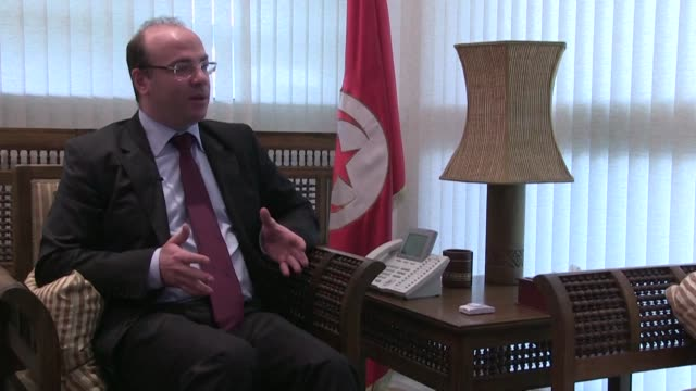 stockvideo's en b-roll-footage met former finance minister elyes fakhfakh was named prime minister-designate by tunisia's president late monday and will now face the difficult task of... - prime minister