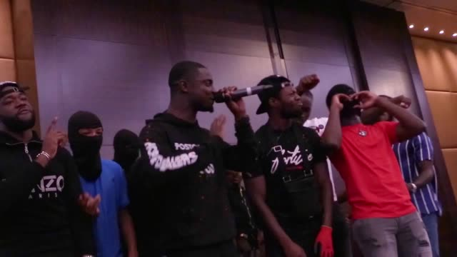 stockvideo's en b-roll-footage met former gang members have fused drill music with the gospel to try and rescue youths from violence and drugs every sunday an outfit called hope... - gospelmuziek