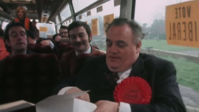 Former leader of Rochdale council suspended by the Labour Party following inquiry into child sexual abuse AS210274002 / Cyril Smith eating on bus