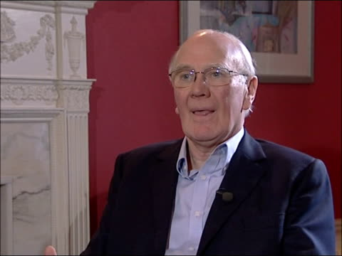 former leader of the liberal democrat menzies campbell interviewed i'm irritated and frustrated but not sad / i've had a very lucky life / had three... - sir menzies campbell bildbanksvideor och videomaterial från bakom kulisserna
