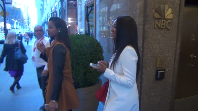 former miss usa kenya moore leaving the new york live show signs for fans and poses for photographers at celebrity sightings in new york on november... - früherer stock-videos und b-roll-filmmaterial