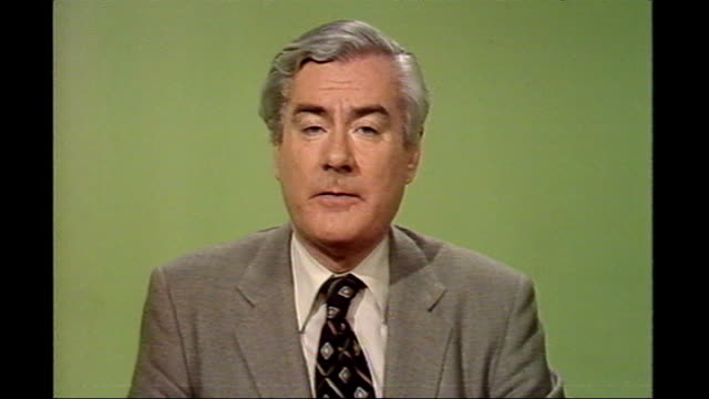 former news at ten presenter sir alastair burnet dies 1980s london int itv 'news at ten' opening titles alastair burnet saying 'good evening' in... - itv news at ten stock videos & royalty-free footage