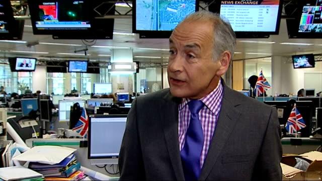 former news at ten presenter sir alastair burnet dies; alastair stewart interview sot - alastair burnet stock videos & royalty-free footage