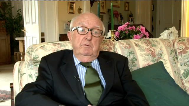 former news at ten presenter sir alastair burnet dies; sir david nicholas interview sot - alastair burnet stock videos & royalty-free footage