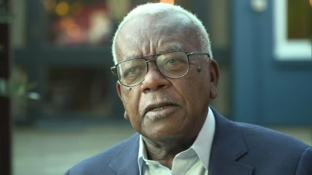 former newsreader peter sissons dies aged 77; england: ext sir trevor mcdonald interview sot - トレバー マクドナルド点の映像素材/bロール