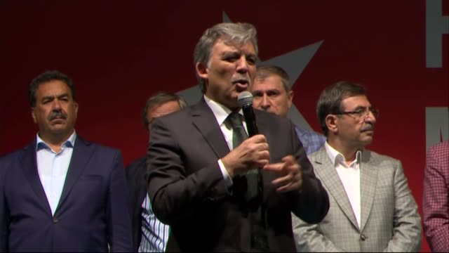 former president abdullah gul addresses to crowd in front of erdogan's residence in kisikli as people protest against parallel state/gulenist... - staatsstreich stock-videos und b-roll-filmmaterial