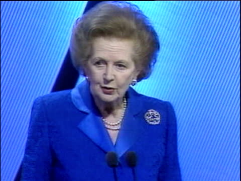vídeos de stock e filmes b-roll de former prime minister margaret thatcher makes jokes about her arrival coinciding with film 'the mummy returns' during speech at conservative party... - conferência partidária